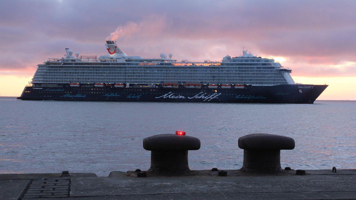 Mein Schiff 3 Cuxhaven